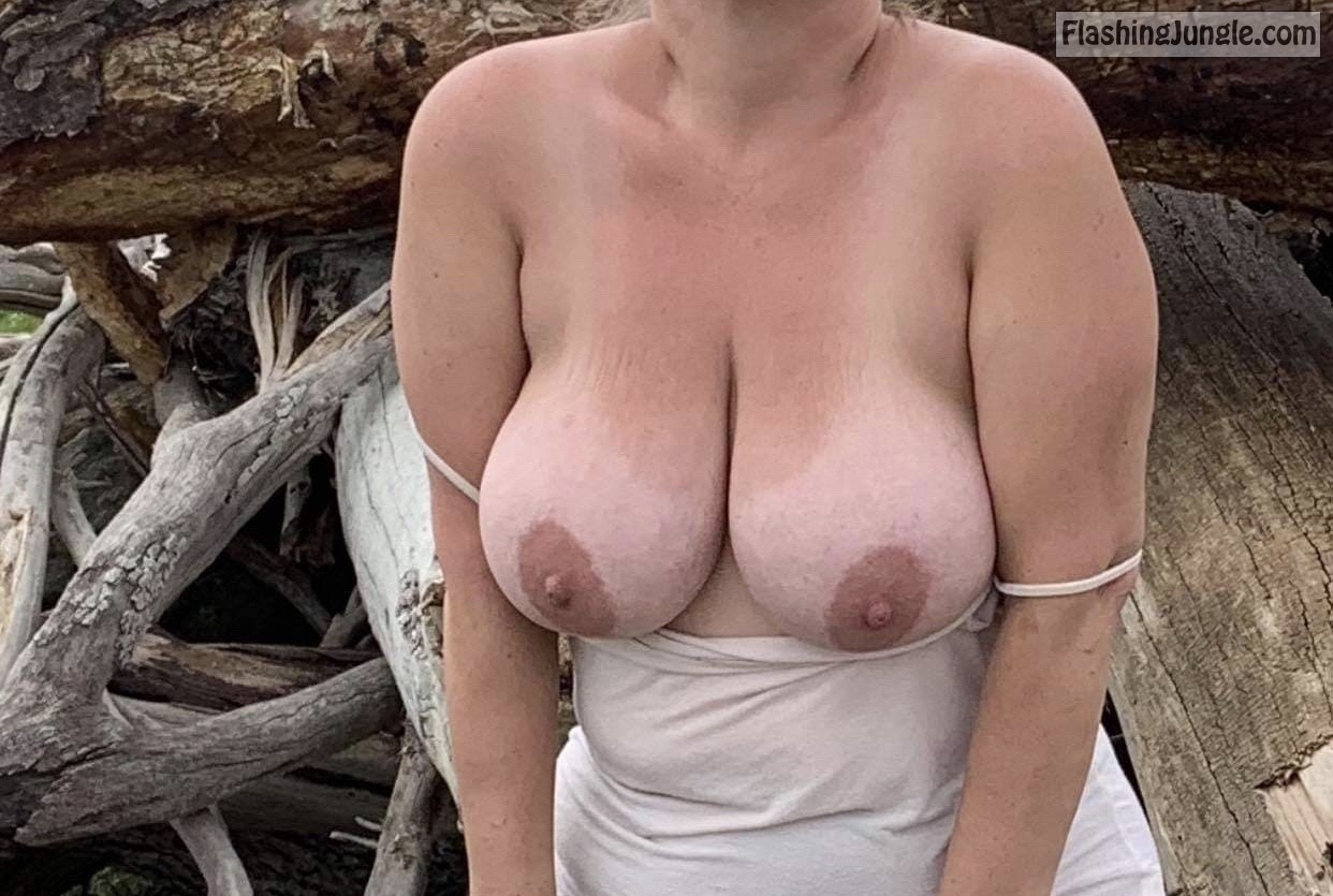 Wifes big bare boobs in the nature real nudity boobs flash