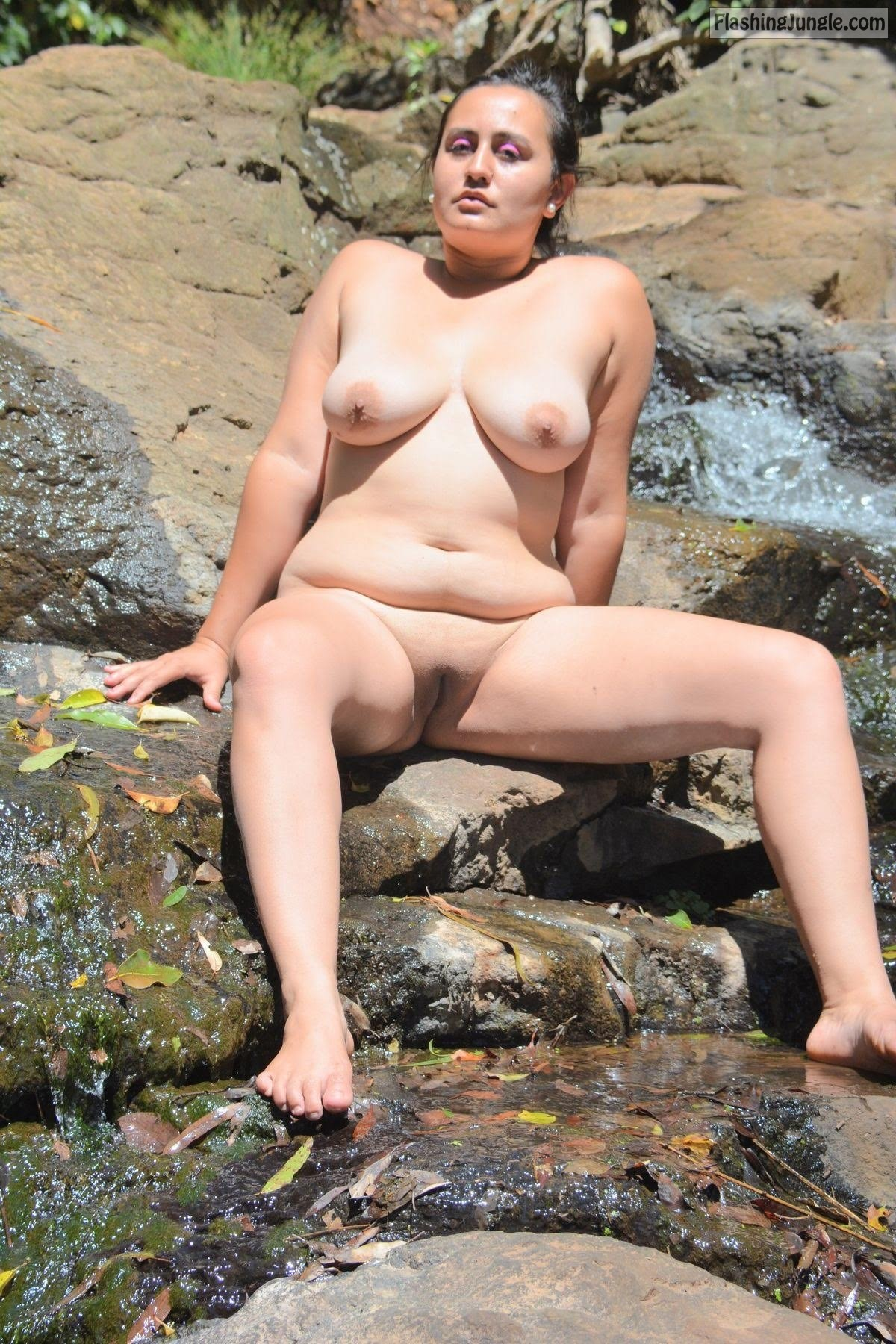 Valeria mcdougall Asian slut real nudity