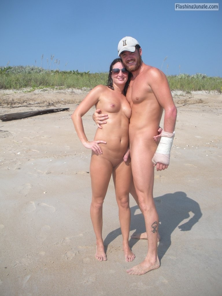 Real Amateurs Nude Beach Pics