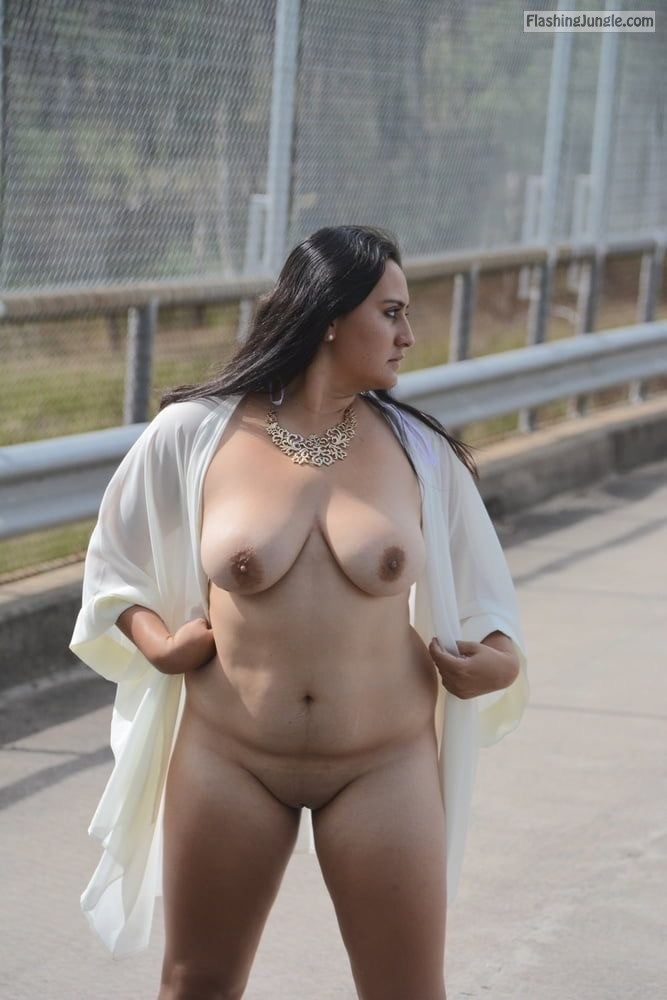 Valeria Mcdougall BBW Flashing in Public in White Nightie real nudity public nudity bitch