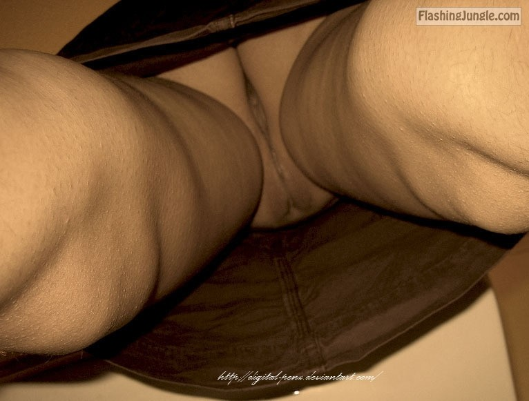 tumblr lisydpUXcq1qhthmpo1 1280 upskirt pussy flash no panties