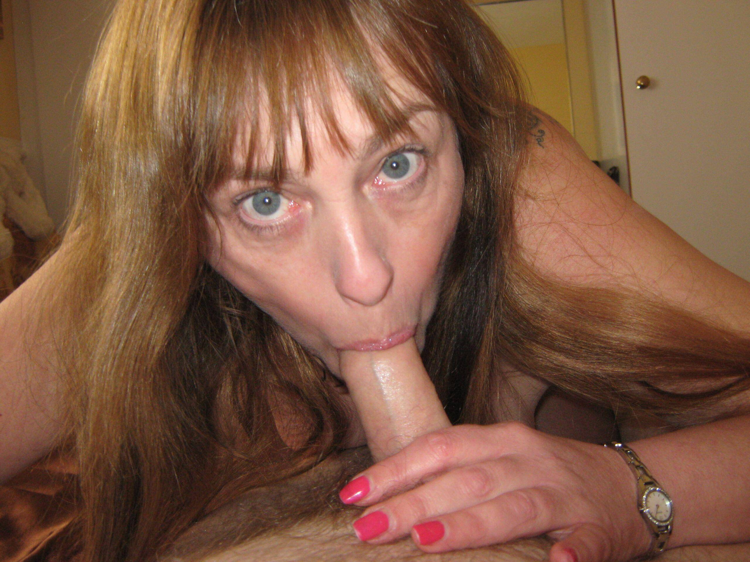 Old whore with cock. real nudity