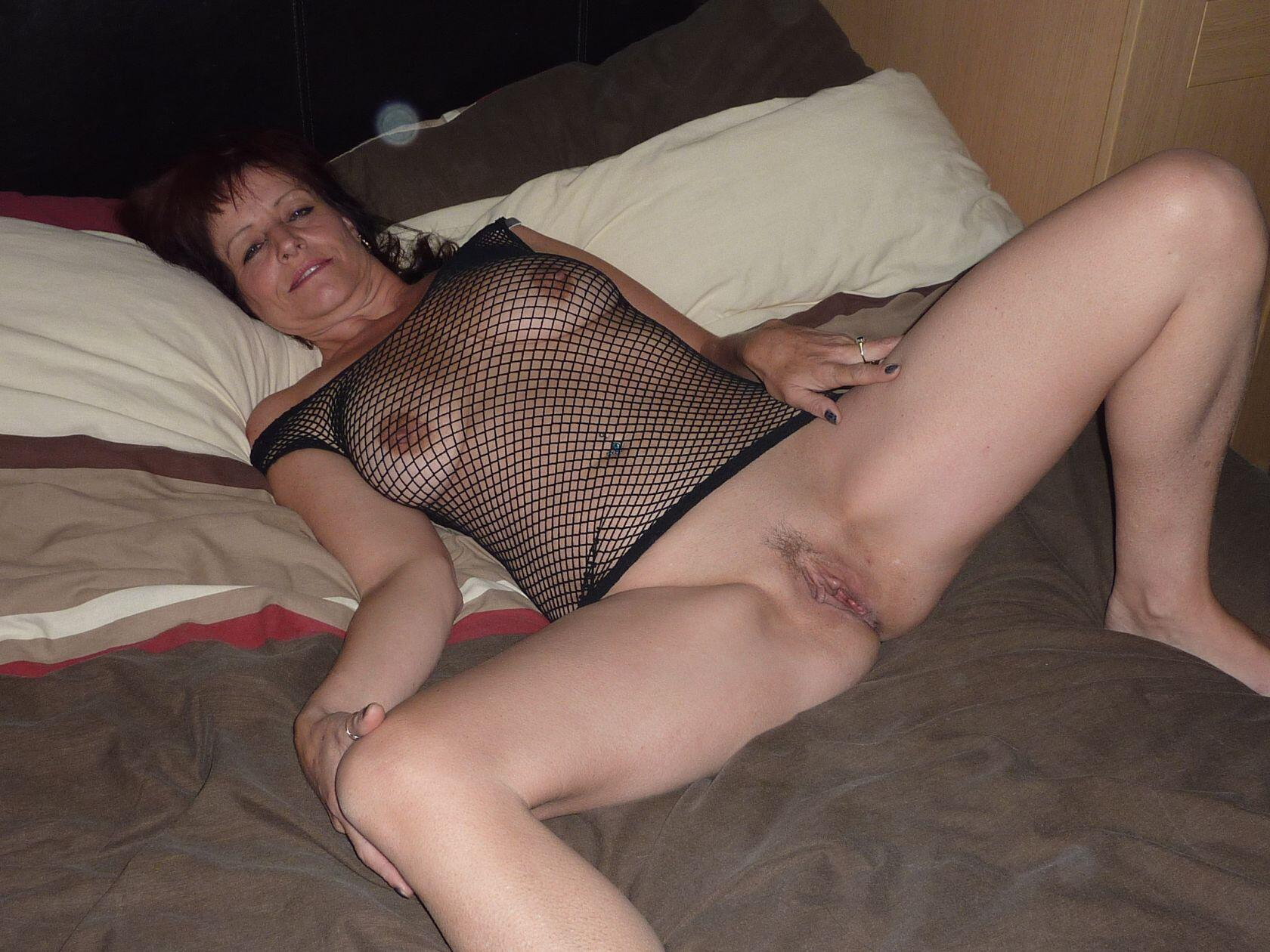 Real Amateurs No Panties Pics MILF Flashing Pics Mature Flashing Pics Hotwife Pics Bitch Flashing Pics