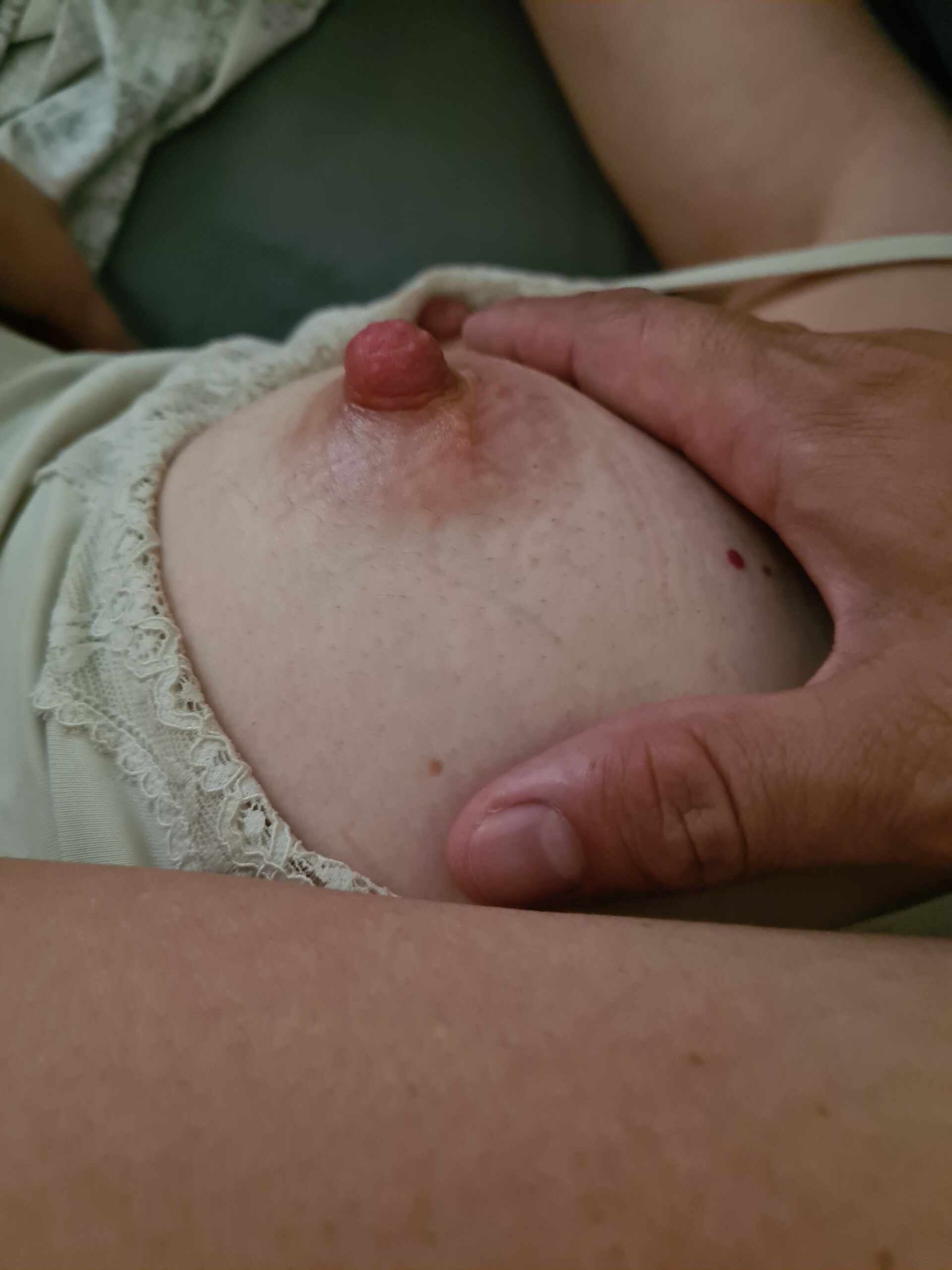 Wife nipple juicy close up real nudity howife boobs flash