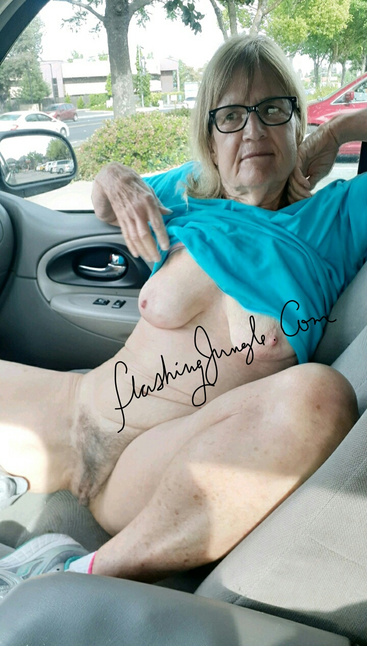 Car flashing grannny real nudity pussy flash public flashing no panties mature