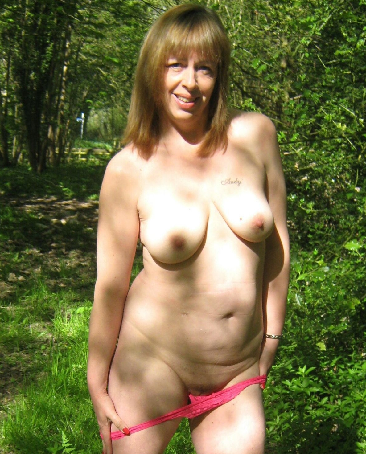 Old slut taking off her knickers. real nudity public nudity mature howife